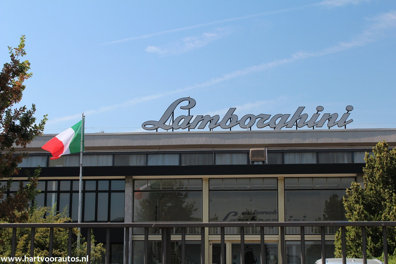 Lamborghini Factory - www.hartvoorautos.nl
