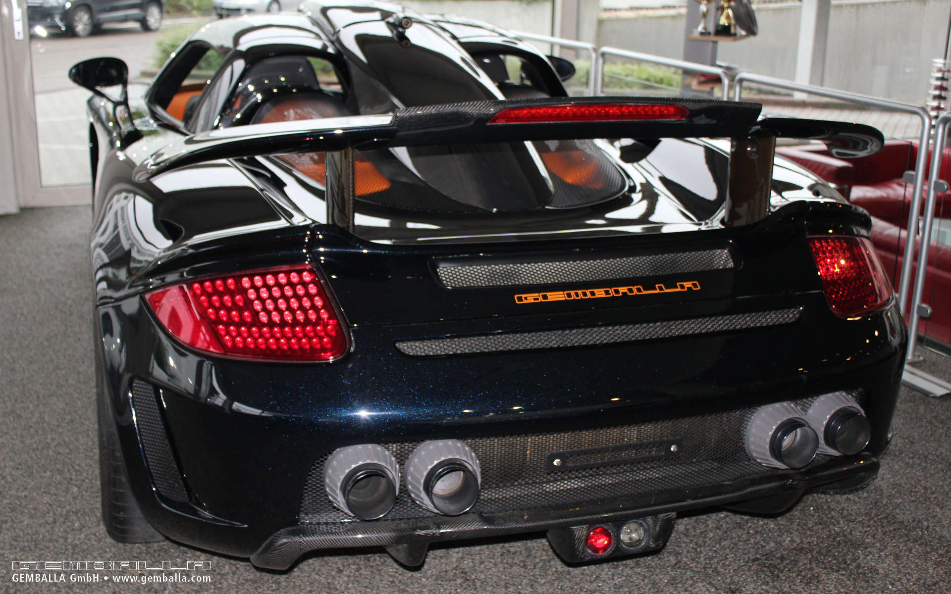 porsche carrera gt nieuwprijs with Porsche Gemballa Mirage Gt For Sale on 8erhoek Classic Tour Deel 2 further Porsche Gemballa Mirage Gt For Sale as well Pana Turbo S En Carrera 4s together with Porsche 991 Turbo S Cabrio Mk2 in addition Porsche 993 Carrera 4 Shoot.