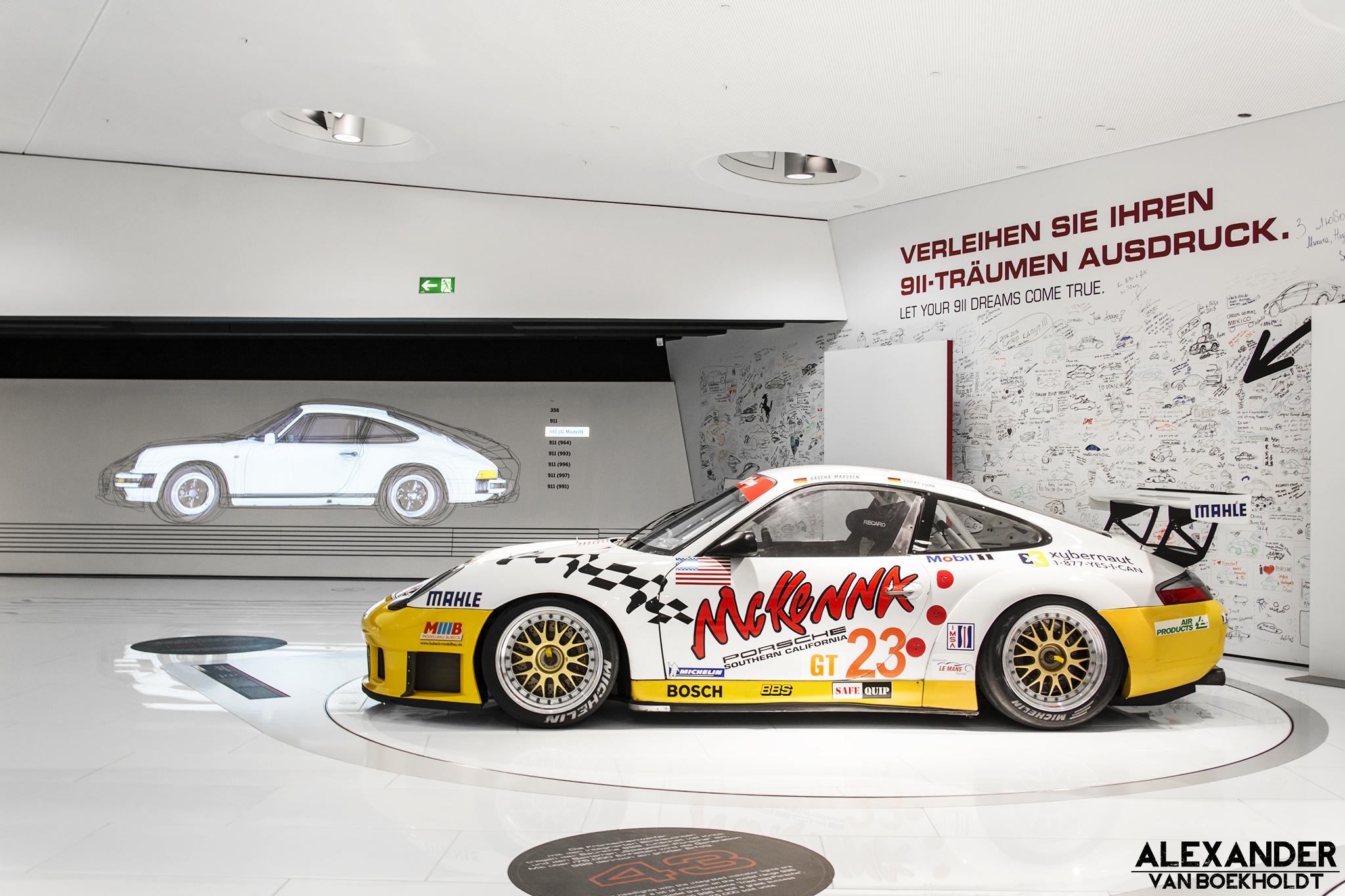 Porsche Museum Stuttgart - www.hartvoorautos.nl