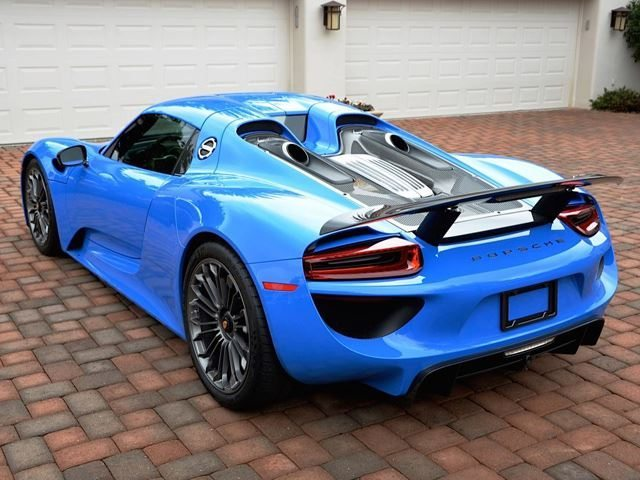 voodoo blue porsche 918 spyder te koop voor 1 2 miljoen. Black Bedroom Furniture Sets. Home Design Ideas
