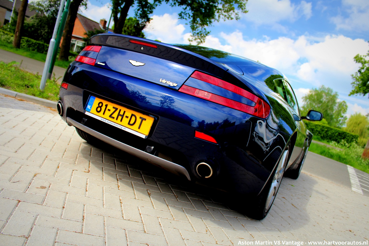 Aston Martin V8 Vantage - www.hartvoorautos.nl