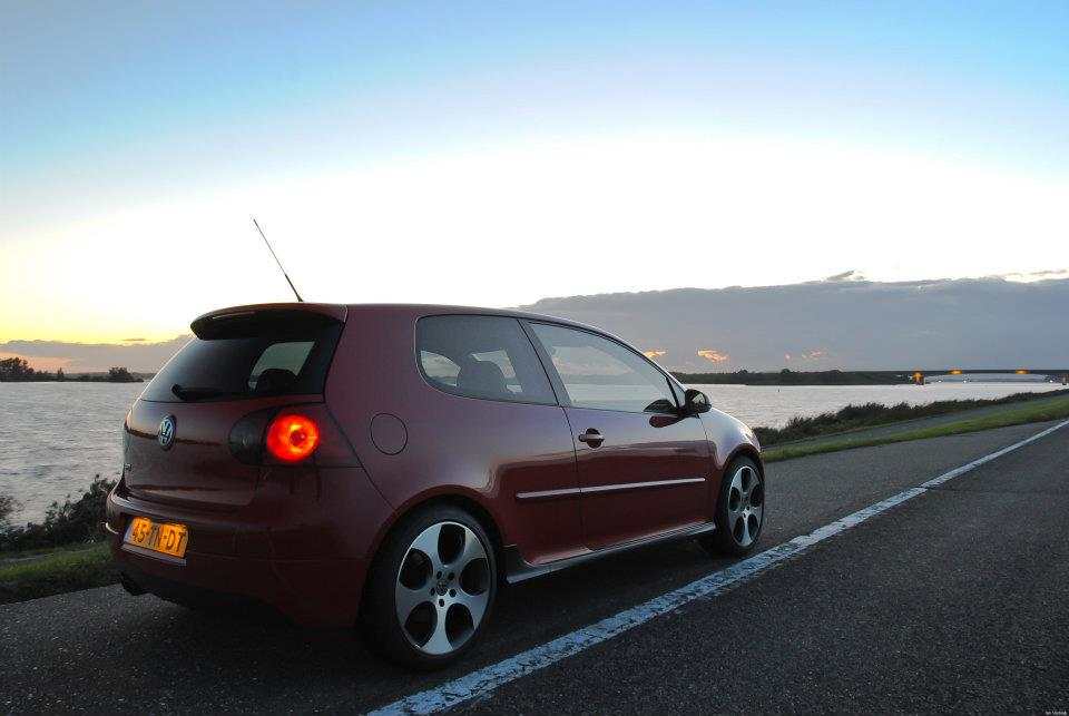 Volkswagen Golf V GTI te koop - www.hartvoorautos.nl