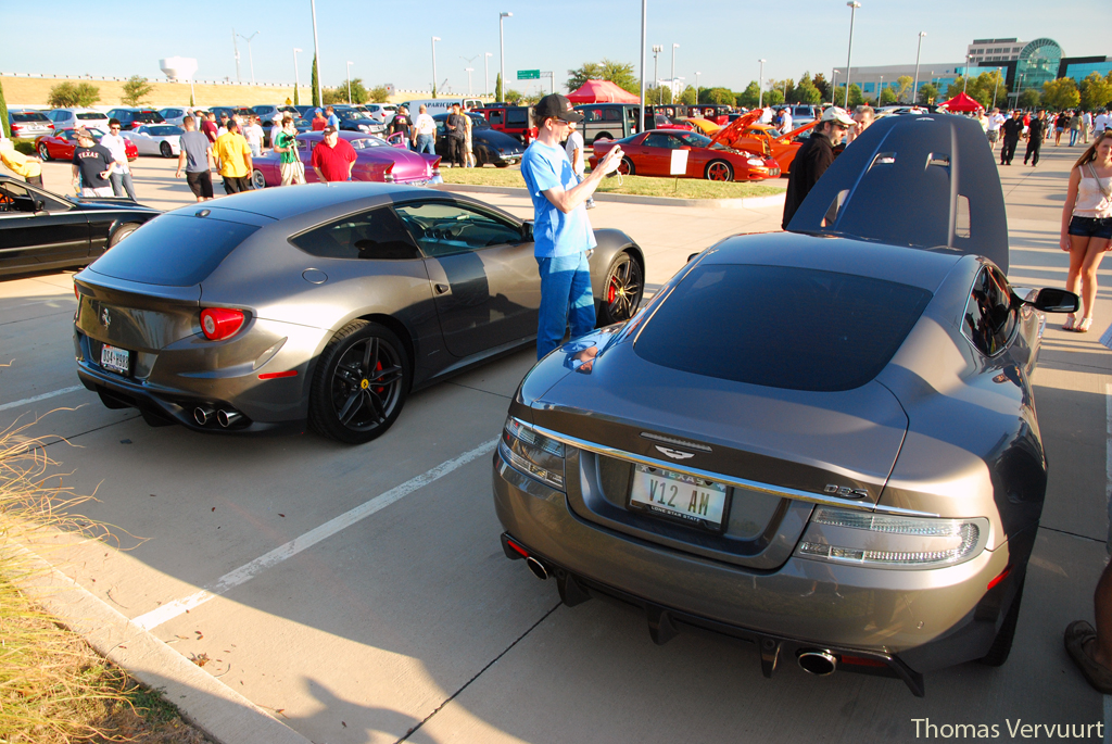 Cars and Coffee Texas August - www.hartvoorautos.nl