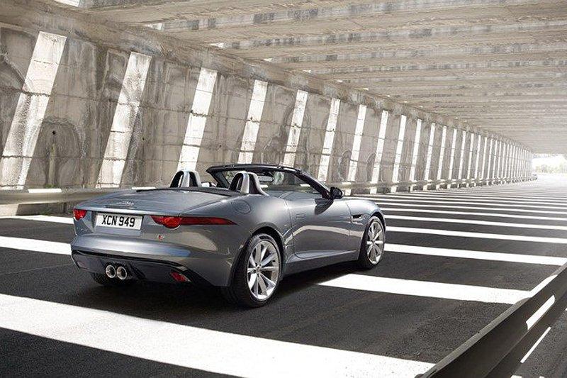 Jaguar F-Type - www.hartvoorautos.nl