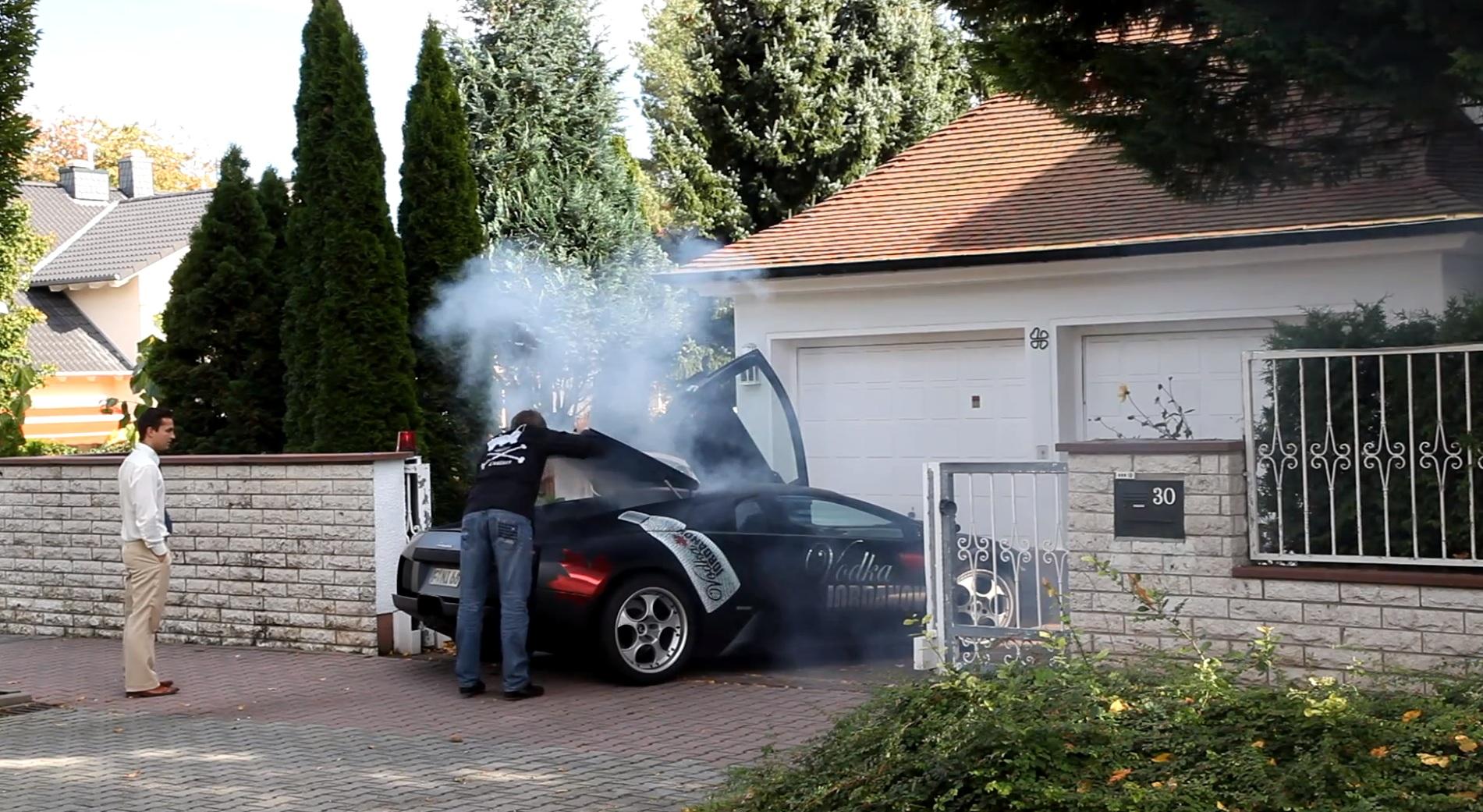 Burning Lamborghini Murcielago - www.hartvoorautos.nl