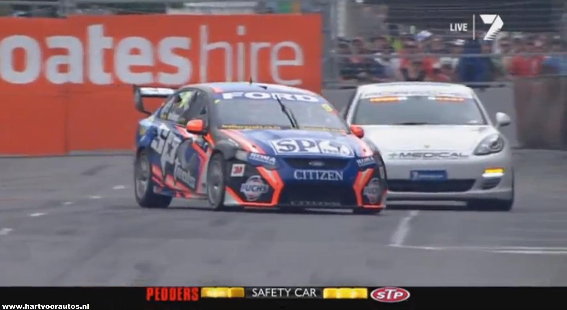 2012 Sydney Telstra 500 - Shane Van Gisbergen Hits the Porsche Panamera Medical Car - www.hartvoorautos.nl