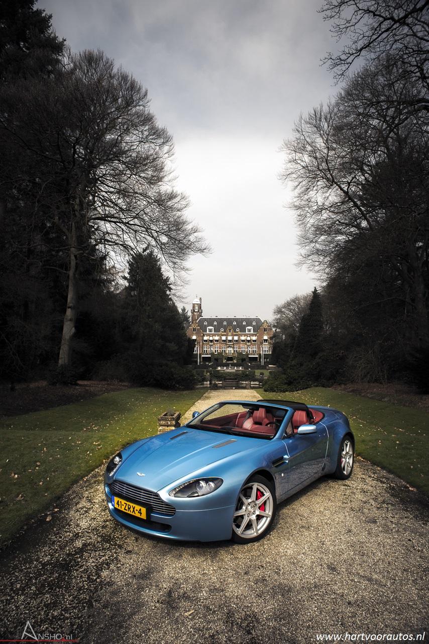 Aston Martin V8 Vantage Roadster - www.hartvoorautos.nl