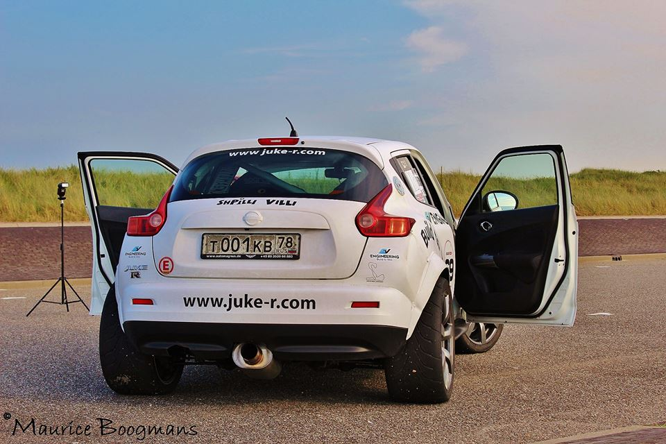 Nissan Juke R - www.hartvoorautos.nl