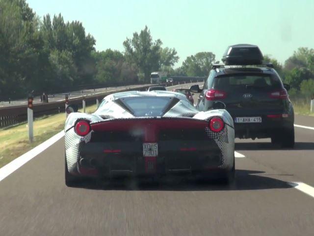 Ferrari LaFerrari - www.hartvoorautos.nl