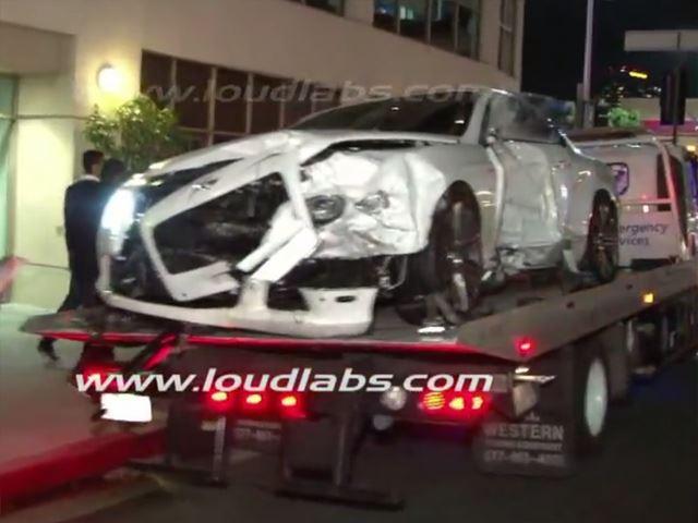 Bentley Continental GT Crash - www.hartvoorautos.nl