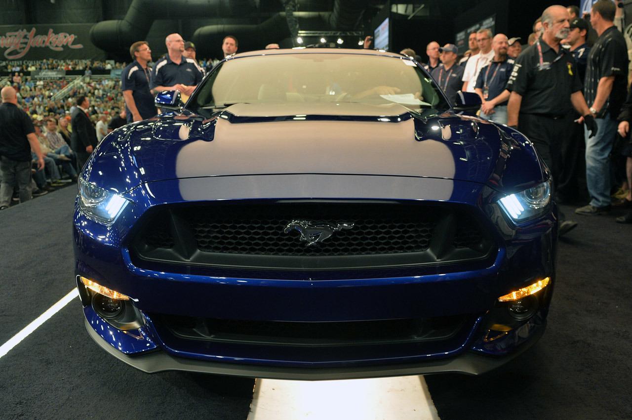 2015 Ford Mustang - www.hartvoorautos.nl