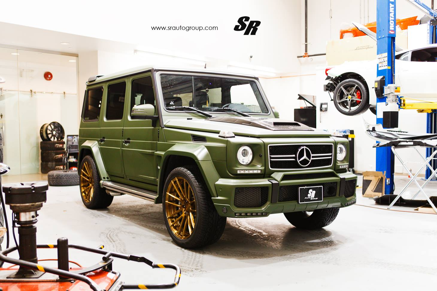 Mercedes benz g63 amg by brabus for 2014 mercedes benz g63 amg