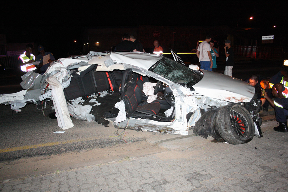Mercedes-Benz A45 AMG Crash - www.hartvoorautos.nl