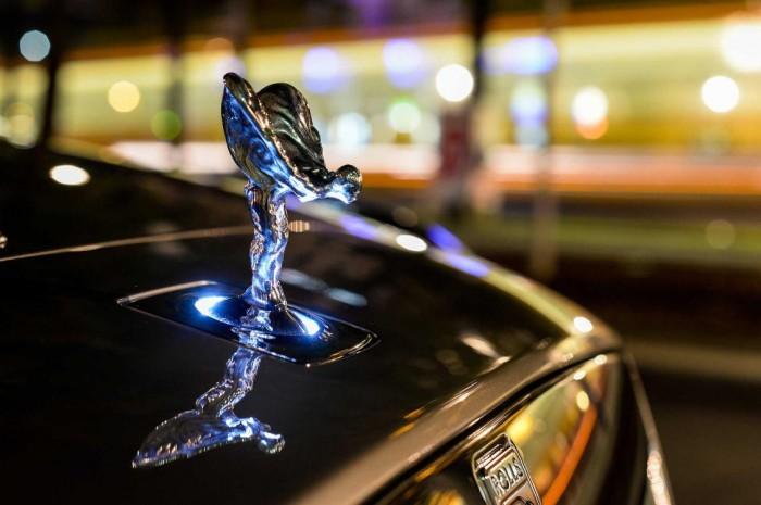 Rolls-Royce Sales Record - www.hartvoorautos.nl