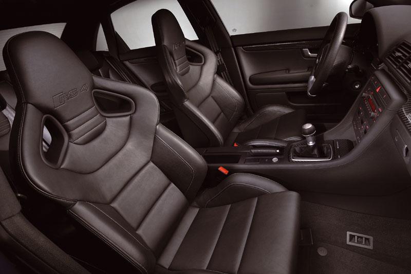 Audi RS4 B7 Stoelen