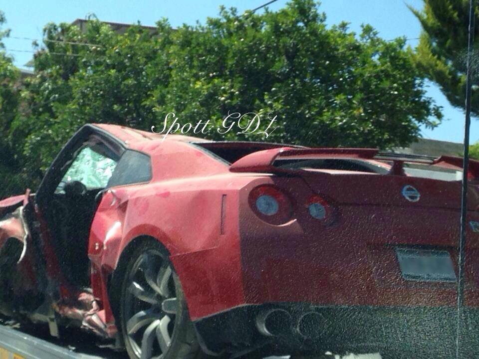 Nissan GT-R total loss in Mexico - www.hartvoorautos.nl