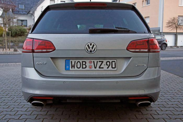 Volkswagen Golf R Estate - www.hartvoorautos.nl