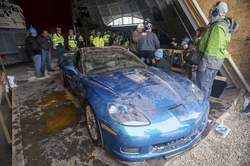 National Corvette Museum Sinkhole - www.hartvoorautos.nl