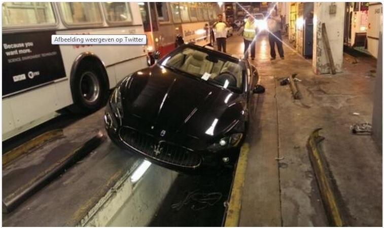 Maserati GranTurismo S Crash - www.hartvoorautos.nl