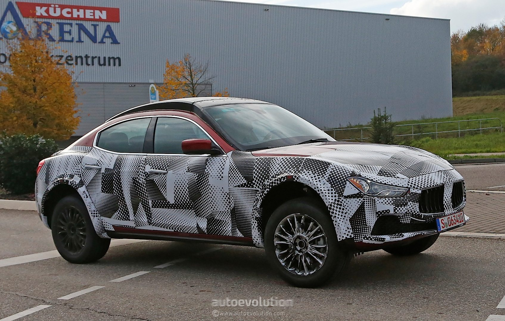 Jaguar Xf besides Jaguar F Pace moreover Seat Ateca Fr Ph together with Jaguar Xjr My Glhd Crop Hero moreover Maserati Suv Prototype Spied Up Close Photo Gallery. on jaguar f 2017 pace reviews