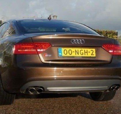 Audi S5 - Arjen Robben