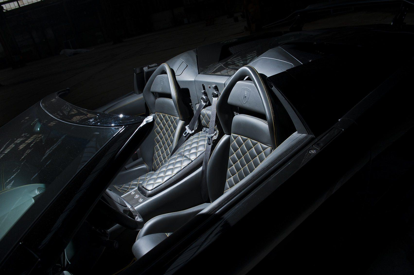 Liberty Walk Lamborghini Murciélago LP640 Roadster - www.hartvoorautos.nl
