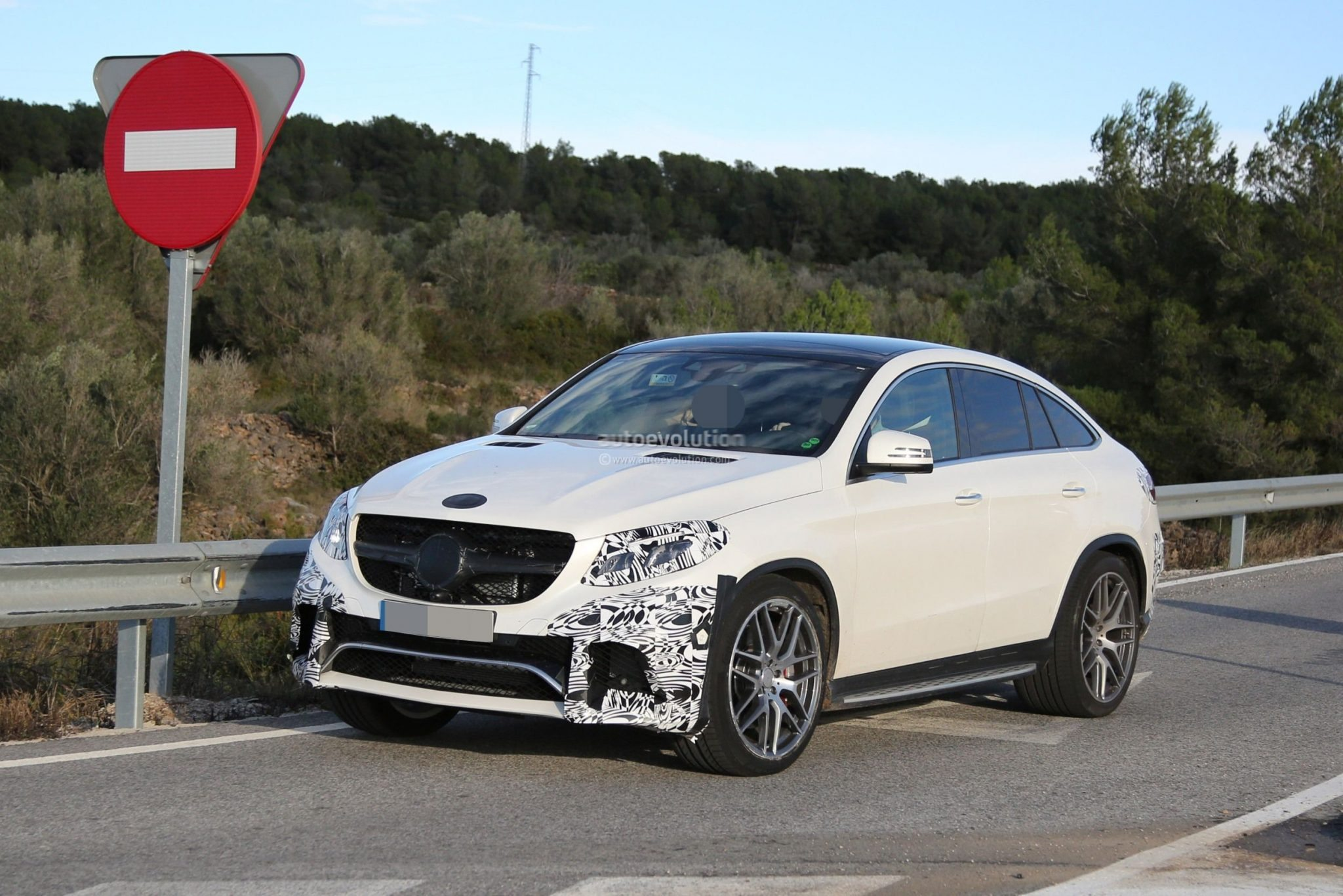 Dit is de mercedes benz gle63 amg coup for Mercedes benz gle63