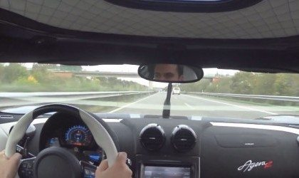 Koenigsegg Agera R doet 350 km/h op de Autobahn