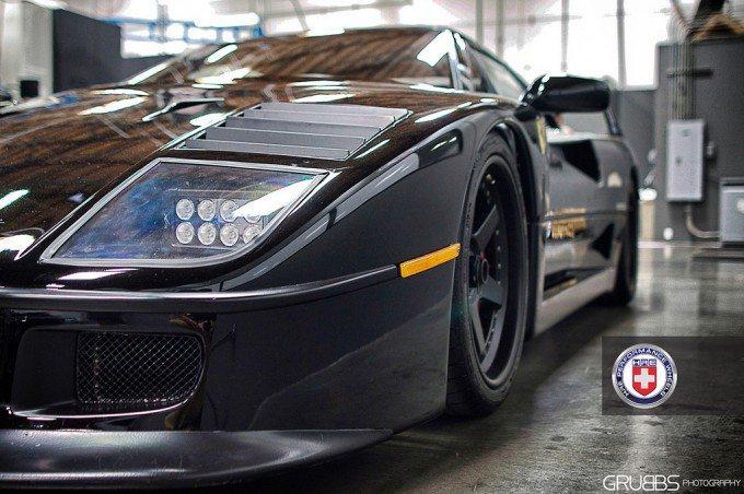 Ferrari F40 - Gas Monkey Garage