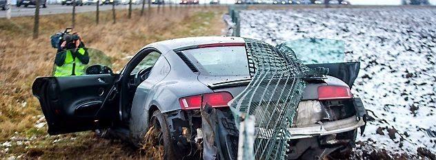 Audi R8 Crash