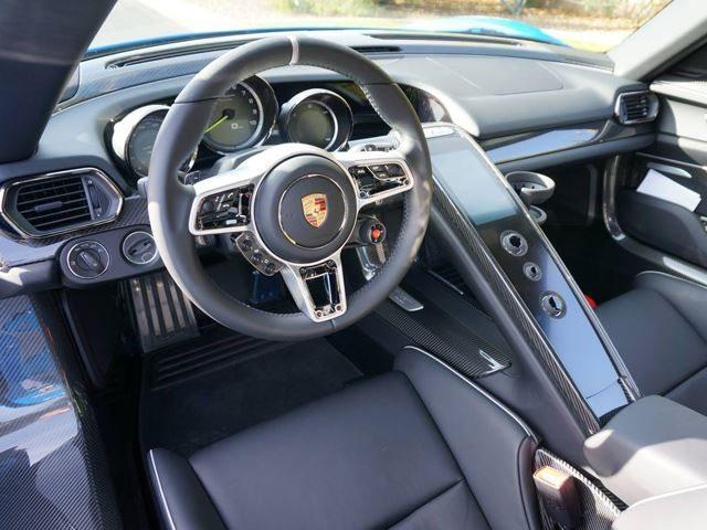 Voodoo Blue Porsche 918 Spyder
