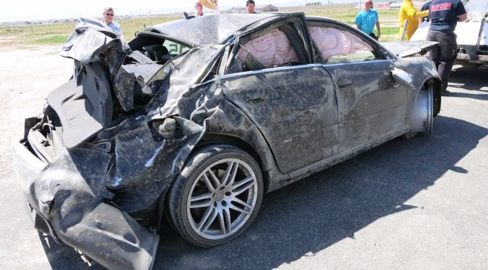 Audi RS4 Crash