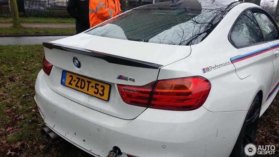 BMW M4 Crash in Breda