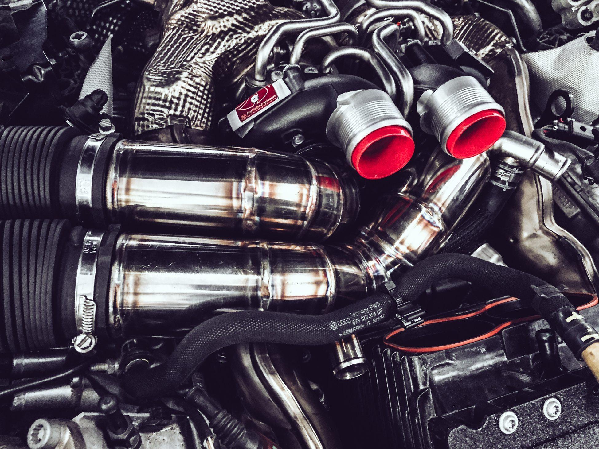 Jon Olsson Audi RS6 DTM RR