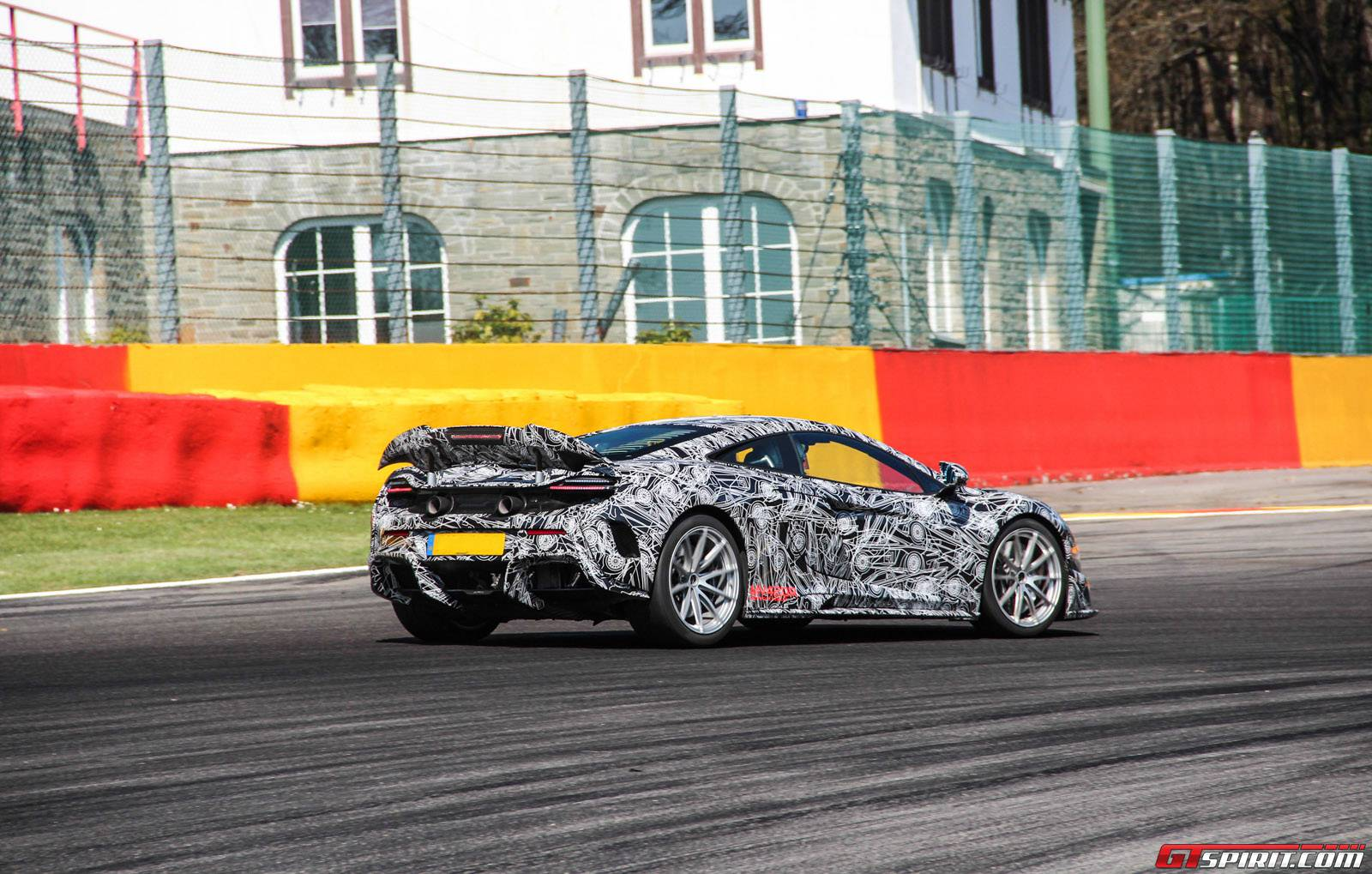 McLaren 675 LongTail