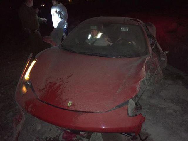 Arturo Vidal Ferrari Crash