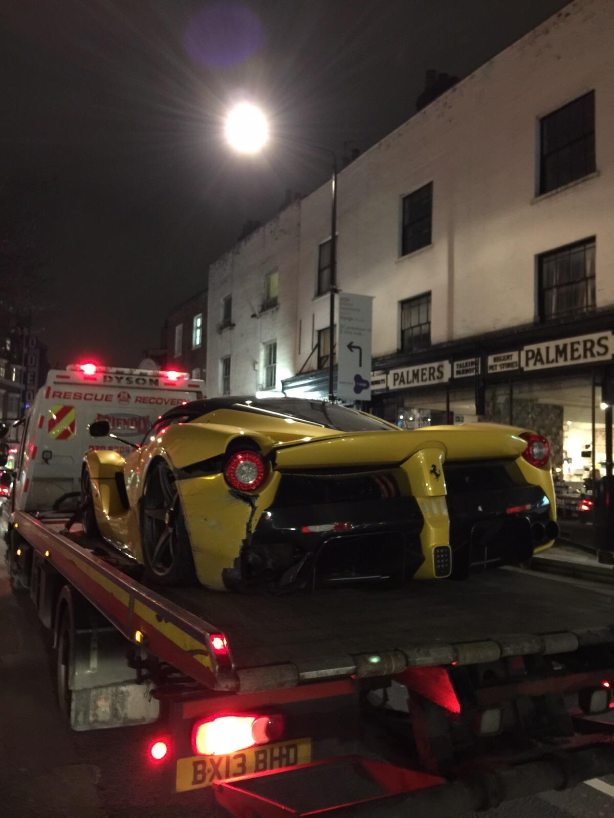 Ferrari LaFerrari Crash London - Hartvoorautos.nl