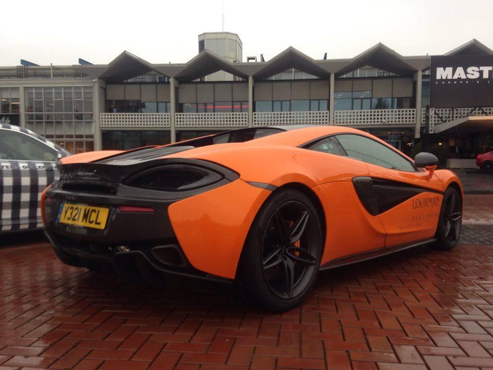 McLaren 570S - Hartvoorautos.nl