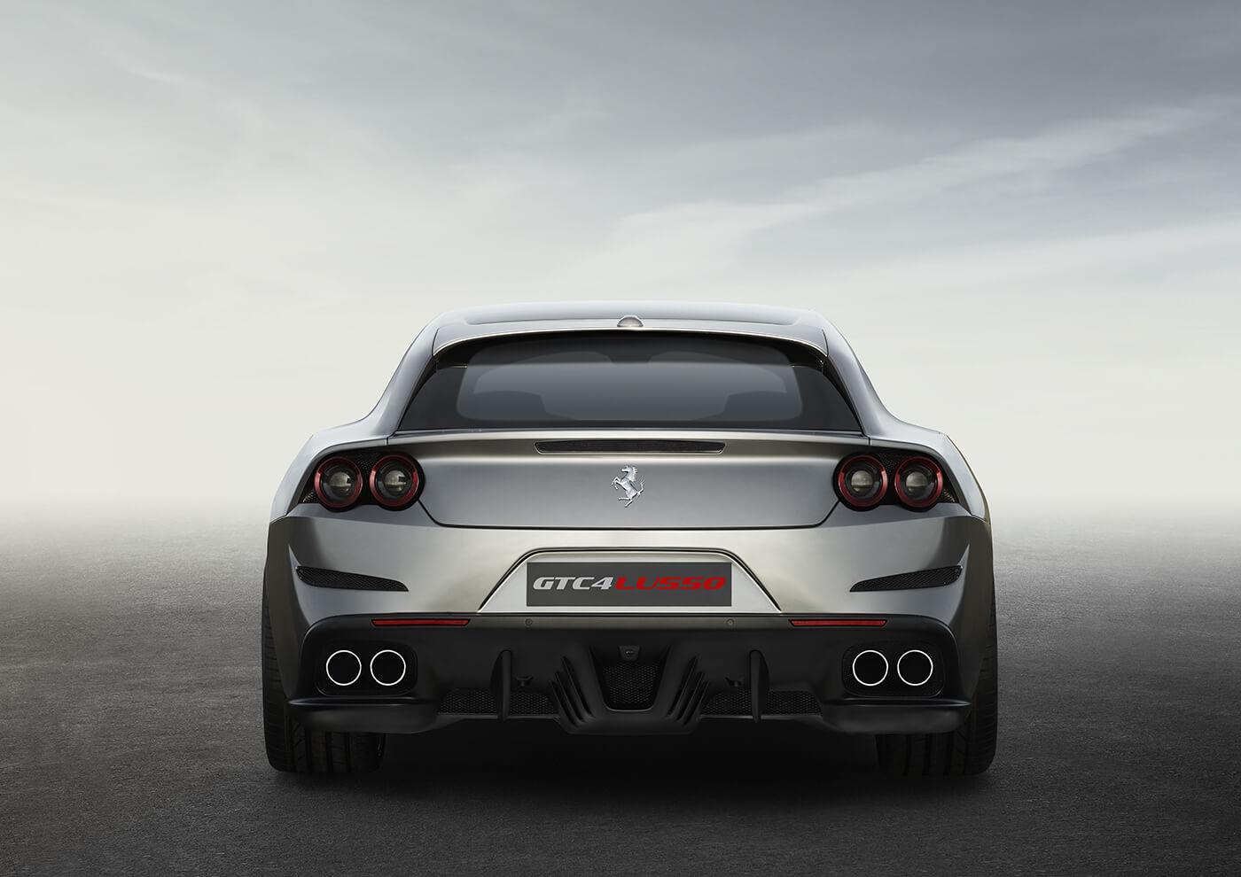 Ferrari GTC4Lusso - Hartvoorautos.nl