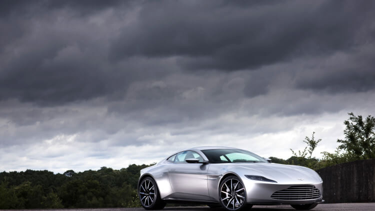 aston-martin-db10-auction-001-1