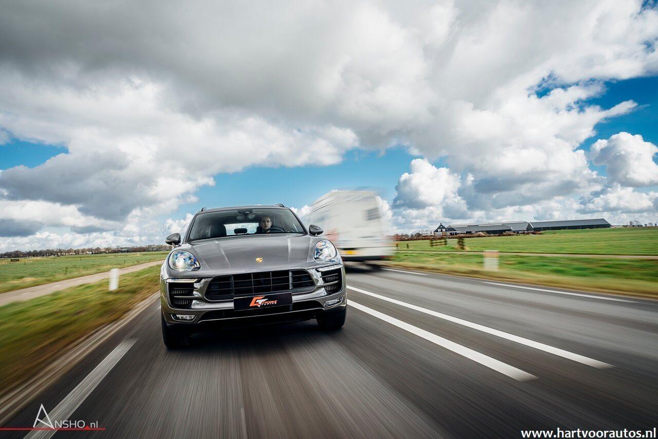 Porsche Macan Turbo - Hartvoorautos.nl