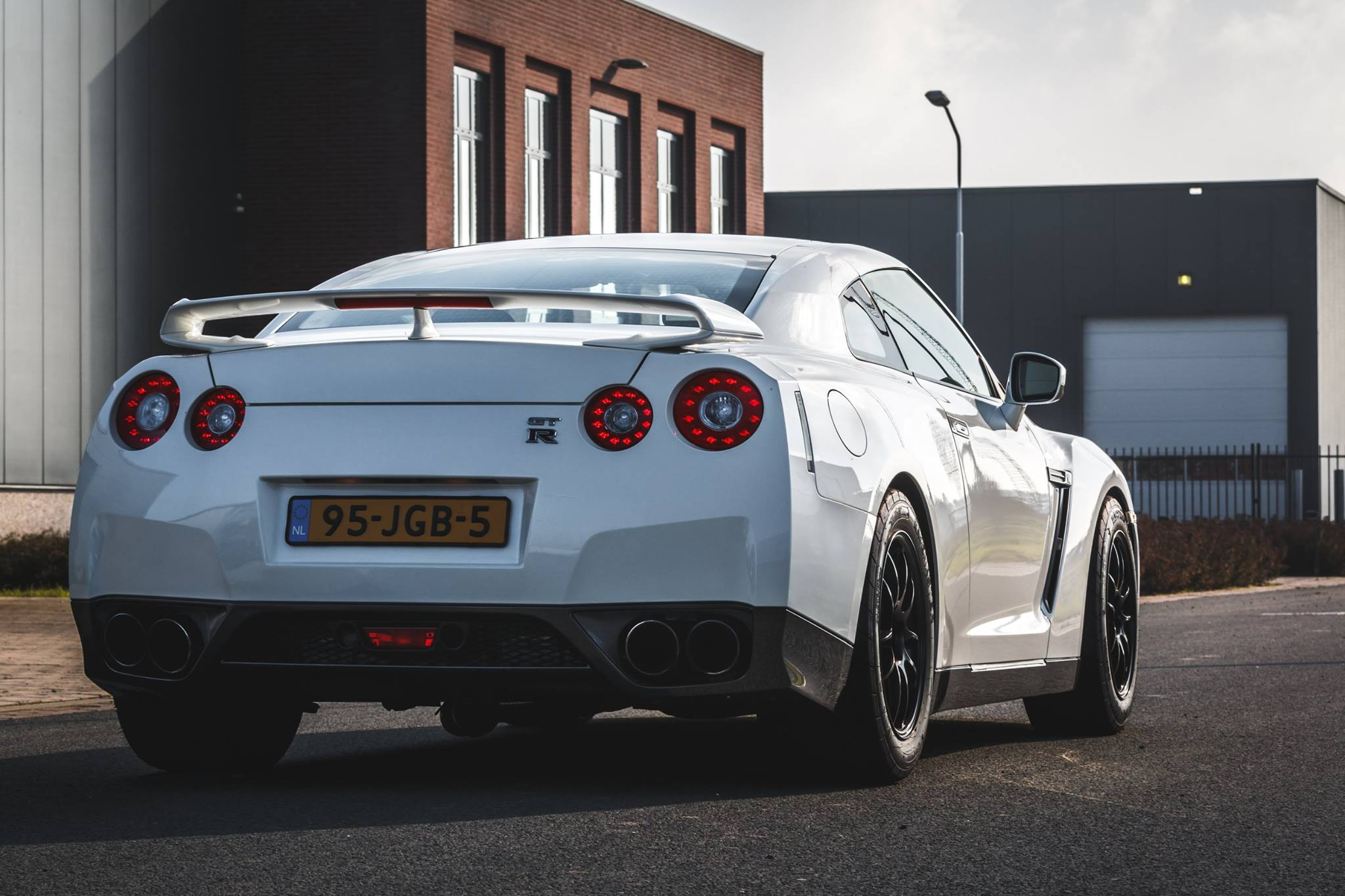 Nissan GT-R Sneaky Tuning