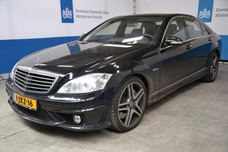 Mercedes AMG - Domeinen Roerende Zaken