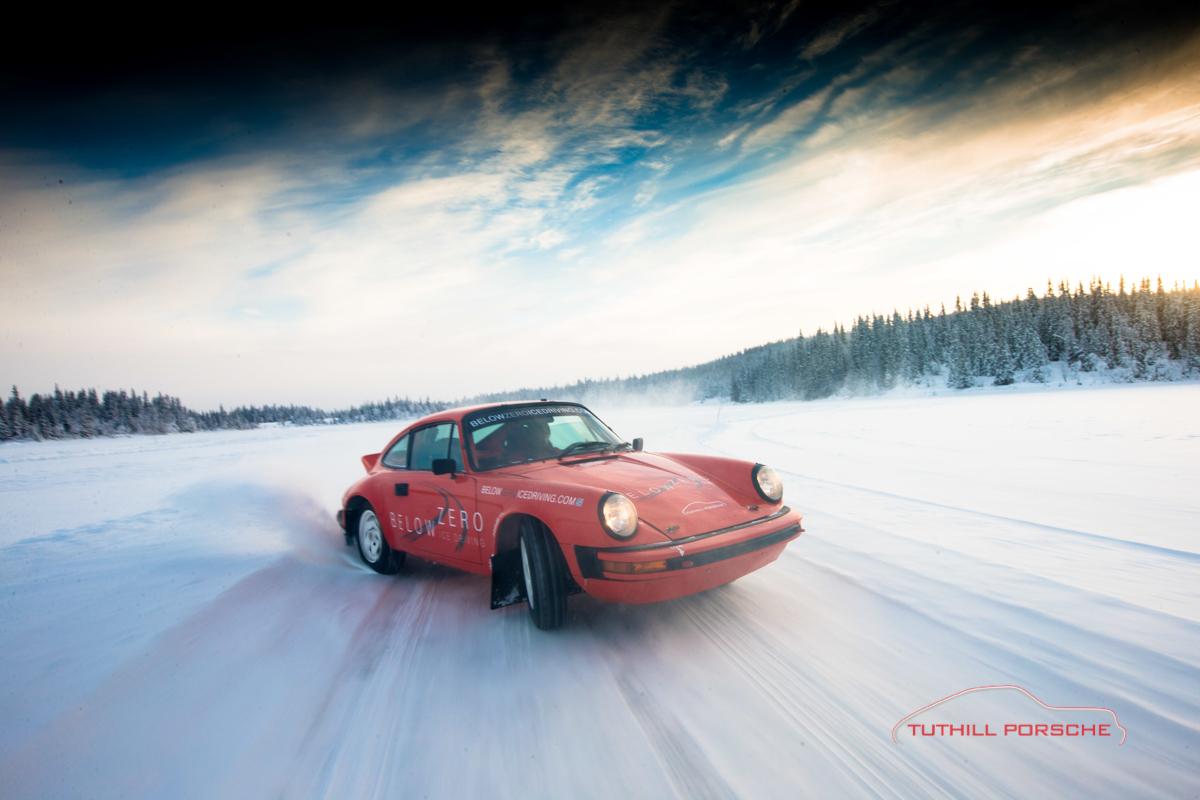 Porsche-911-Ice-Driving-18