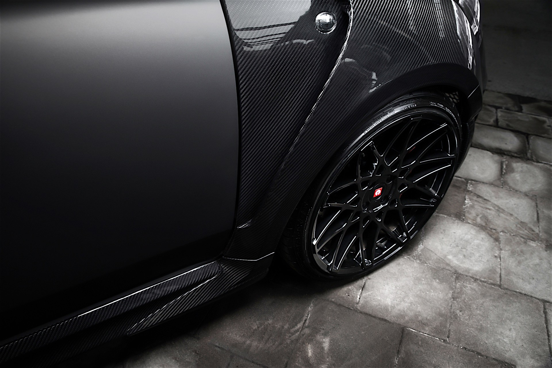 pogea-racing-develops-the-ultimate-abarth-500-it-comes-with-404-hp_6
