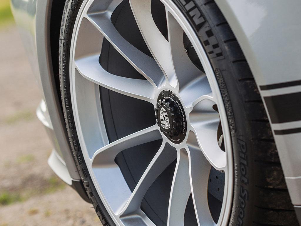 Porsche 911 R for auction