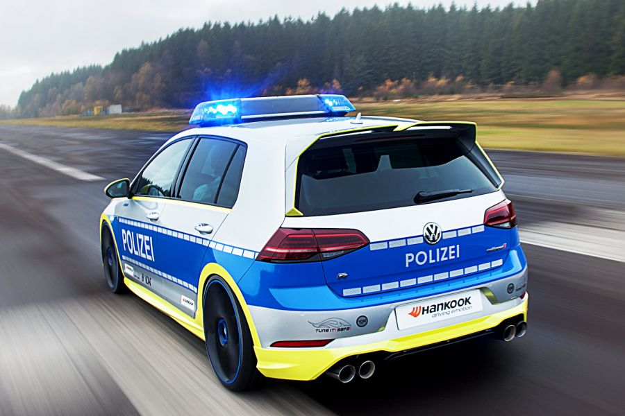 Oettinger 400R Police Car