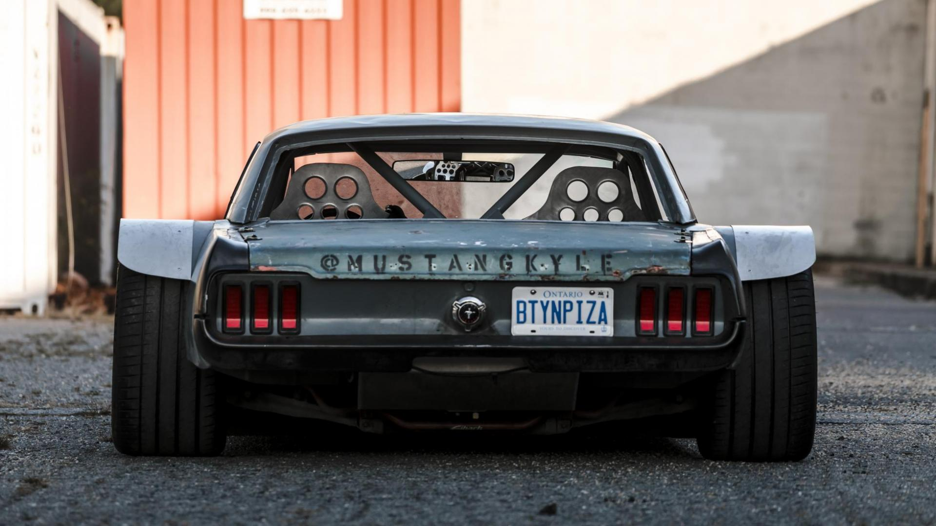 Hoonicorn Mustang