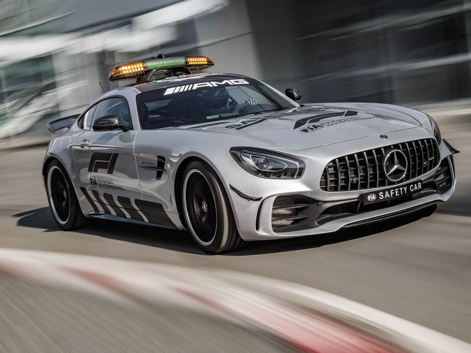 Mercedes AMG GT R Safety Car F1