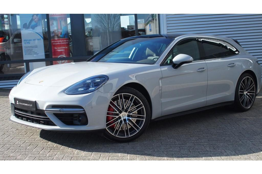 Porsche Panamera Sport Turismo Max Verstappen